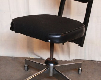 Office Swivel Chair With Rollers
