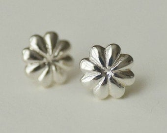 925 Sterling Silver Flower Blossom Silver Stud Earrings 119