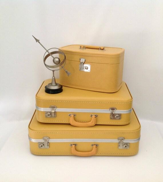 Vintage Yellow Train Case Makeup Case