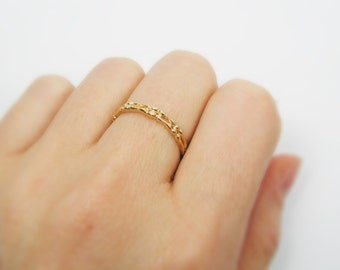 Bones gold ring. gift for her, gold ring, unique ring, trendy jewelry, gift idea, everyday jewelry.