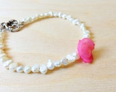 Beaded Pearl Bracelet - Pink Rose Feature Bead - Gifts For Her