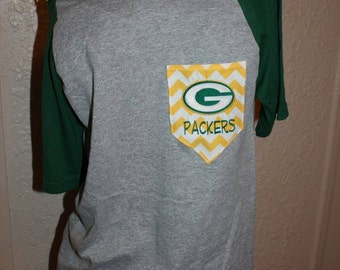Green Bay Packers Pocket Off-the-Shoulder Shirt Chevron Football