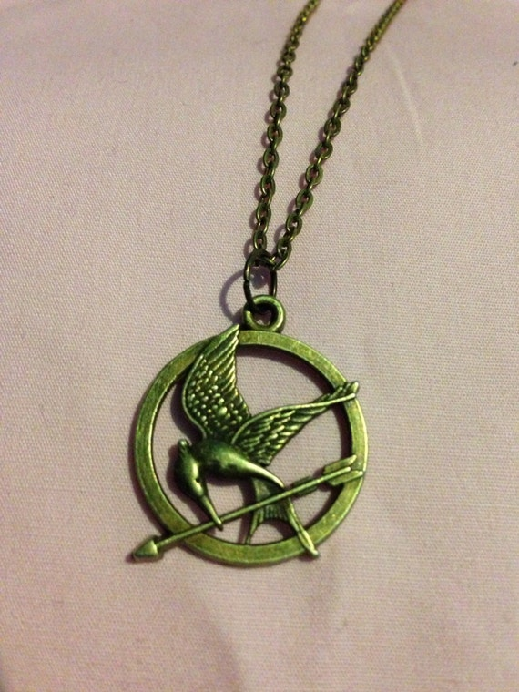 hunger inspired mockingjay necklace