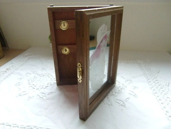 French vintage wooden key holder box romantic lady portrait for Mirror key holder
