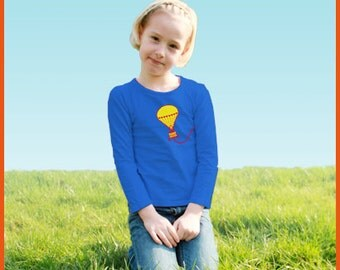 Air balloon! Personalized kids t-shirt with a hot air balloon (and your own text)