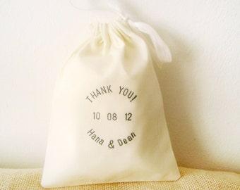 Hand stamped IVORY Favor bags, text, SET of 75 wedding favors, red, ivory favor bags, cotton favor bags, rustic wedding favor bag