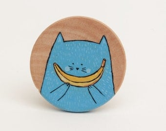 Smile banana brooch - Illustrated wooden brooch