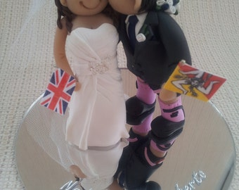 Personalised Wedding Cake Topper - Kissing Bride and Groom * FREE SHIPPING*