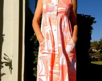 60s Mod Maxi Beach Dress// Vintage// Sleeveless//Polynesian Print