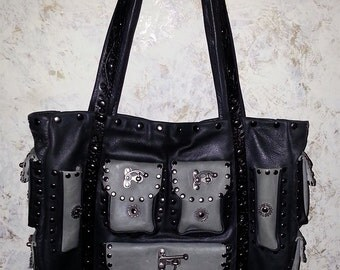 Large Leather Purse with 17 pockets! FREE Shipping in the USA!