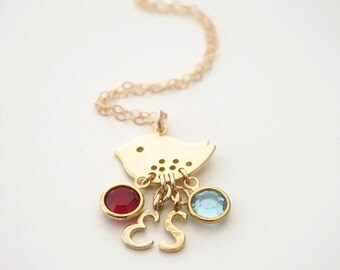 Personalized Bird Initial Necklace, Custom Swarovski Birthstone Charm Necklace, Gold Initial Pendant Necklace, Mom Two Baby Birds Necklace