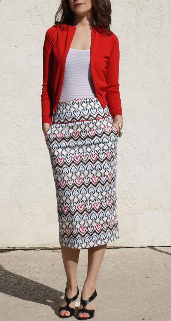 High Waist Pencil Skirt-Repeated heart pattern