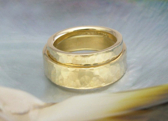 comfort fit custom wedding bands / wedding ring set, hammered in 18k gold