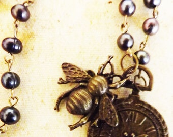 Steampunk Bee Clock necklace,Steampunk Jewellery,Rosary Necklace, steampunk necklace, pearl necklace, Steampunk Bee, Steampunk jewellery