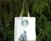 Wolf Tote Bag Howling Wolf & Full Moon Tote Bag Illustrated Animal Tote Bag Wolf and Moon Organic Cotton Tote Bag Wolf Wolves Dog Owner Gift