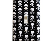Skull Light Switch Plate Cover / Boys Kids Room / Baby Nursery Decor / Jolly Roger Black and White