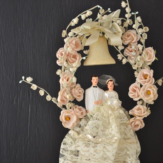 vintage wedding cake topper vintage bride and groom. Black Bedroom Furniture Sets. Home Design Ideas