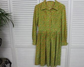 Vintage 1960s Shirtwaist Girls Womens Dress Floral