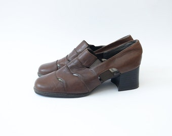 Vintage brown leather cut off heeled women shoes / 90s chunky heel