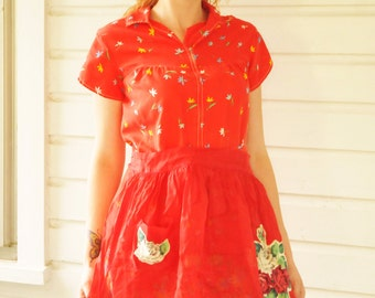 1950s Vintage Red Apron with Roses Flowers