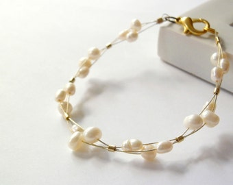 Gold bangle bracelet with pearls /golden bracelet / freshwater pearls jewelry / wedding jewelry / bridesmaid gift / mother of the bride