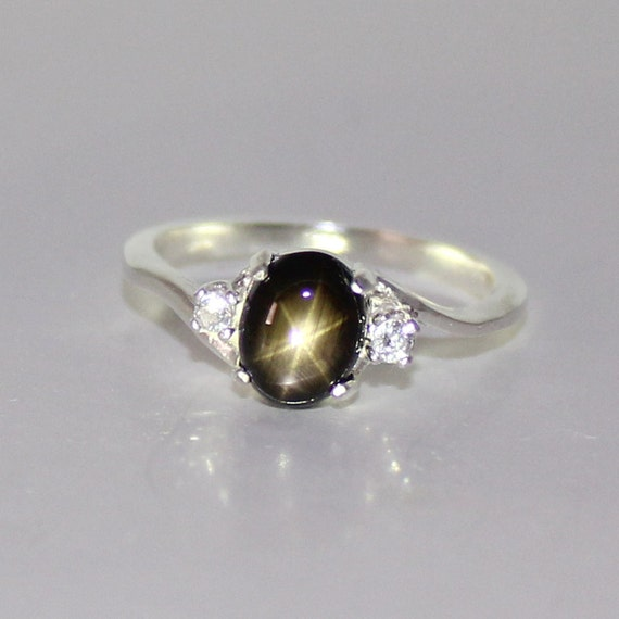 Très Natural Black Star Sapphire Ring Sterling Silver September TM24