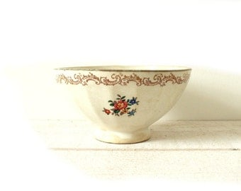 French vintage bowl with flowers and golden border . Shabby chic bowl. Café au lait.