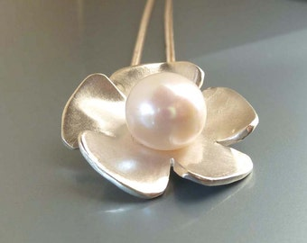 Flower pendant with pearl, sterling silver - handmade by SILVERLOUNGE