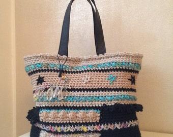 Patterned wool crochet bag