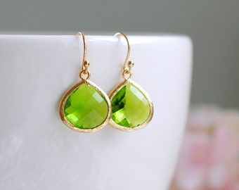 Peridot Green Earrings, August Birthstone Jewelry, August Birthday Gift, Gold Green Earrings, Green Wedding Earrings, Bridesmaid Earrings