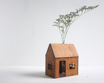 Bud vase wooden house - small honey colored structure with flower vase - tabletop decor - little architecture