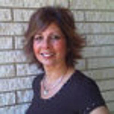 <b>Debbie Hedges</b> - iusa_400x400.23789196_2em2