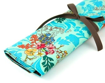 Large Knitting Needle Case Organizer - Tangle Aqua - 30 brown pockets for all size needles or paint brushes