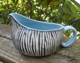 moving sale Sleek Modern Porcelain Creamer gravy boat