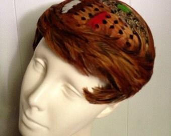 Vintage 1950s pheasant feather hat