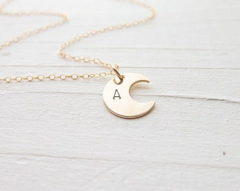 Dainty Gold Moon Necklace Personalized Moon Pendant Monogram Jewelry Custom Letter Necklace Half Moon Necklaces Crescant Moons