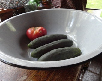 Large Gray Graniteware Basin or Bowl