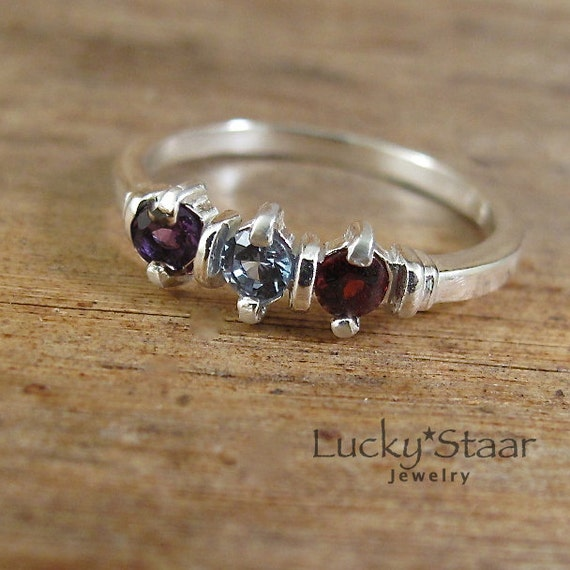 mothers ring triple stone three stone sterling by luckystaar. Black Bedroom Furniture Sets. Home Design Ideas