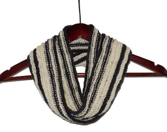 Black and White Infinity Loop Wool Scarf - Warm Hand Knit Moebius