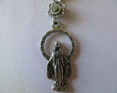 Vintage Miraculous Medal Necklace.