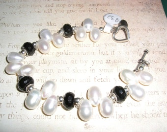 Pearl, Onyx and sterling bracelet