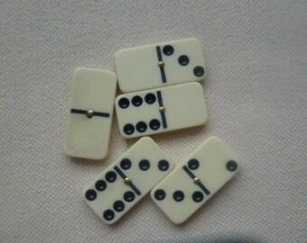 Five Vintage dominos to repurpose