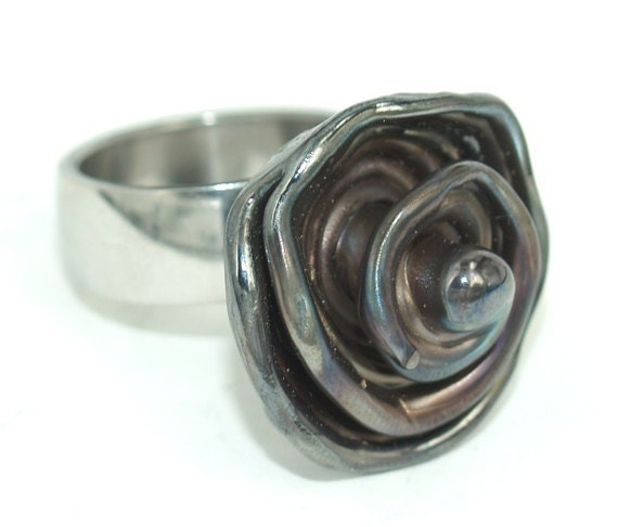 pearly metal spiral ring lwork jewelry by pearlykarpel