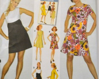 Sewing Pattern Simplicity 3833  Misses Retro Dress  Bust 31-34 inches Uncut Complete