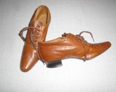 Reserved for  cepmei Edwardian Tie Shoes Fabulous Early 20th Century  NOS Caramel Brown Leather 9 1/2 iches from TIP of Toe to heel