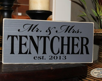 Mr. & Mrs. Wedding sign, Personalized with last name and year, Established Year - Style FA26A