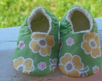 Baby girl shoes, Slipper, Kids, Green floral, Baby shower gift, Lil Sweetie Pies,Baby Girl