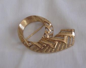 Vintage Brooch - Pin