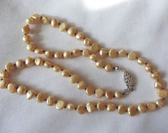 17 1/2 inch Hand Crafted Necklace of Freshwater Pearls Gold Pillow Side Drilled Gold N11