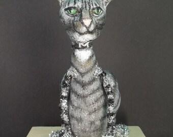 Animal portrait -- custom miniature cats -- Raggedy Cat version